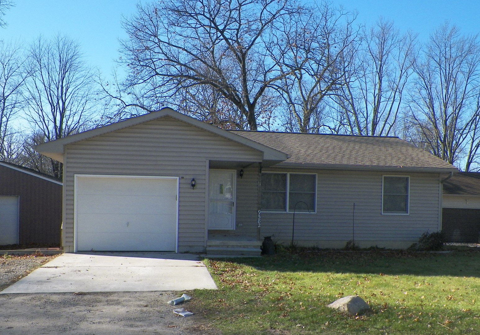 Palmer- Hamburg - $142,000   DOM 31 / Sold for 98% of asking price / 8 Showings