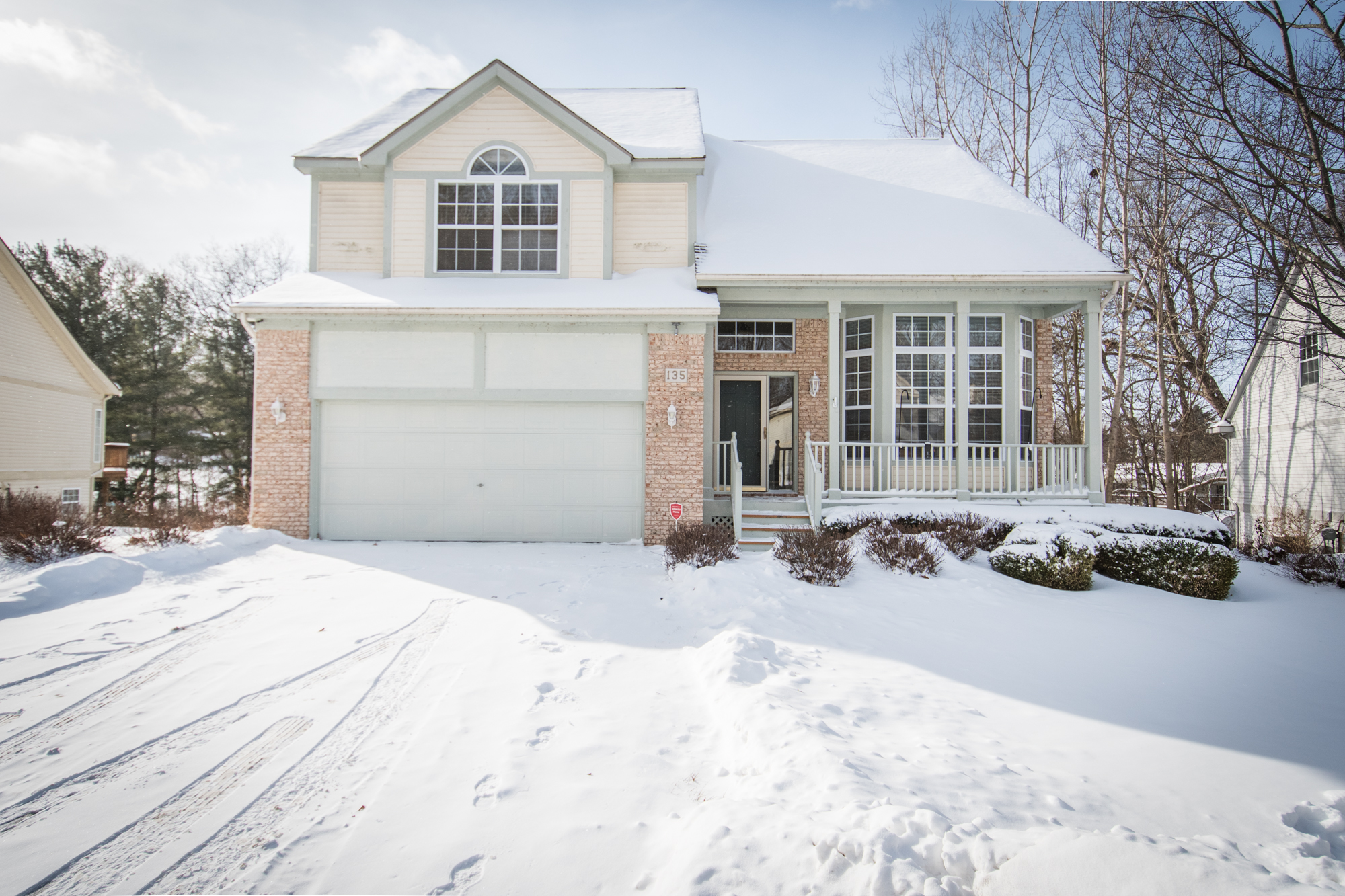 Lakeshore Pointe, Howell - $280,000   DOM 31 / Sold for 98% of asking price / 18 Showings