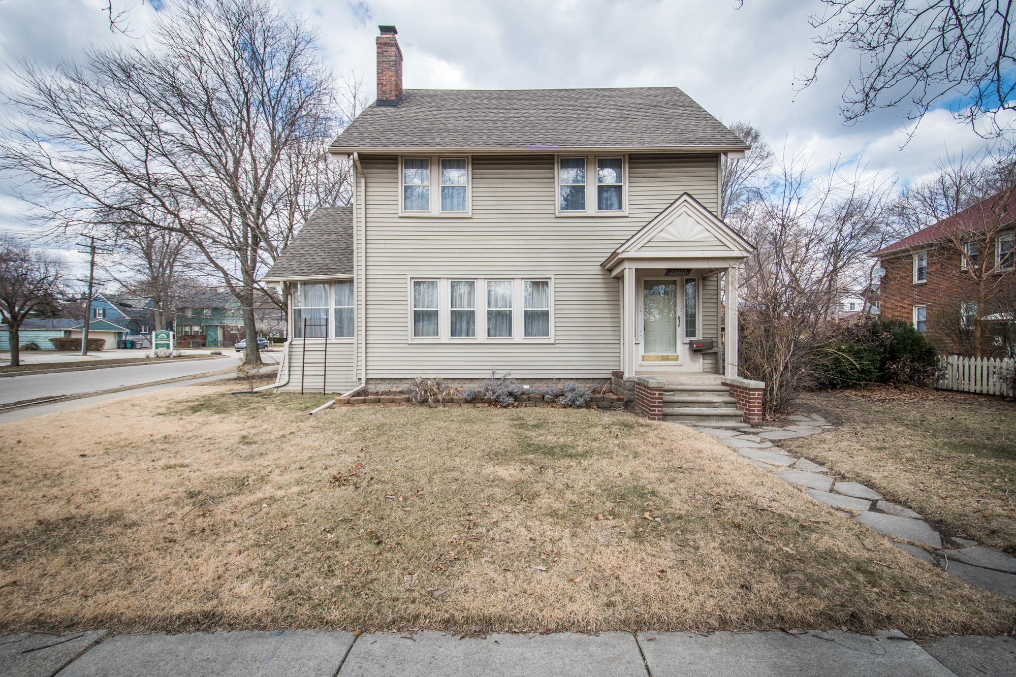 Beech Street, Dearborn - $215,000   DOM 6 / Sold for 98% of asking price / 7 Showings