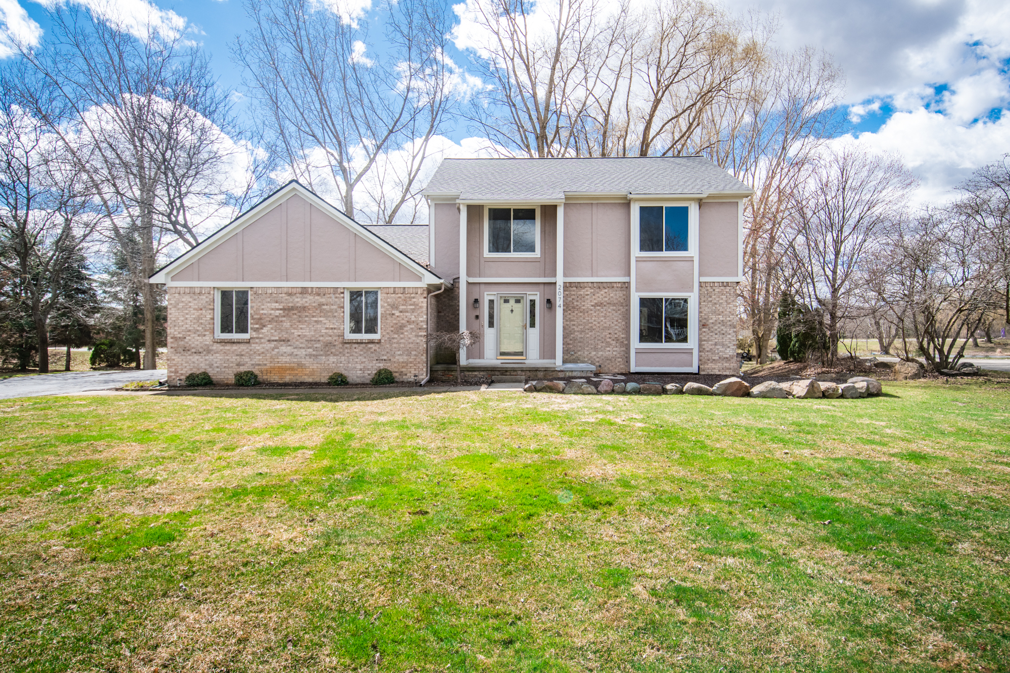 Cumberland Dr, Brighton - $345,000   DOM 5 / Sold for over asking price / 16 Showings