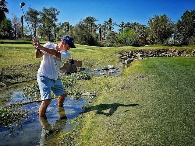 Whoever heard of water in the desert?! #PlayingThrough  #PlayingThroughWithJohnWeisbarth  #PalmSprings #Golf