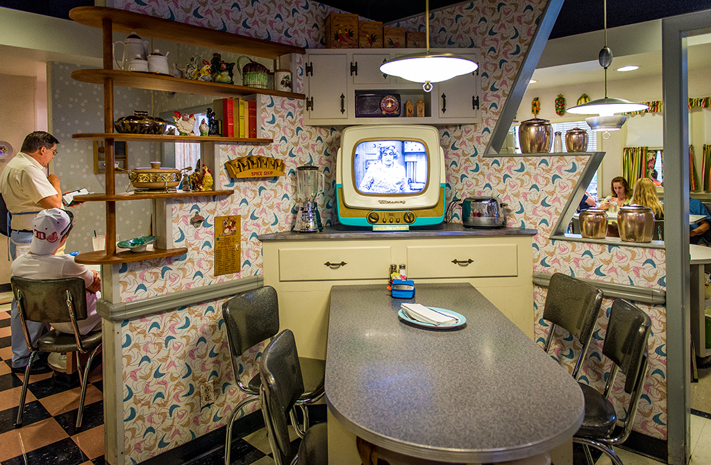 50s Prime Time Cafe, Disney Tourist Blog