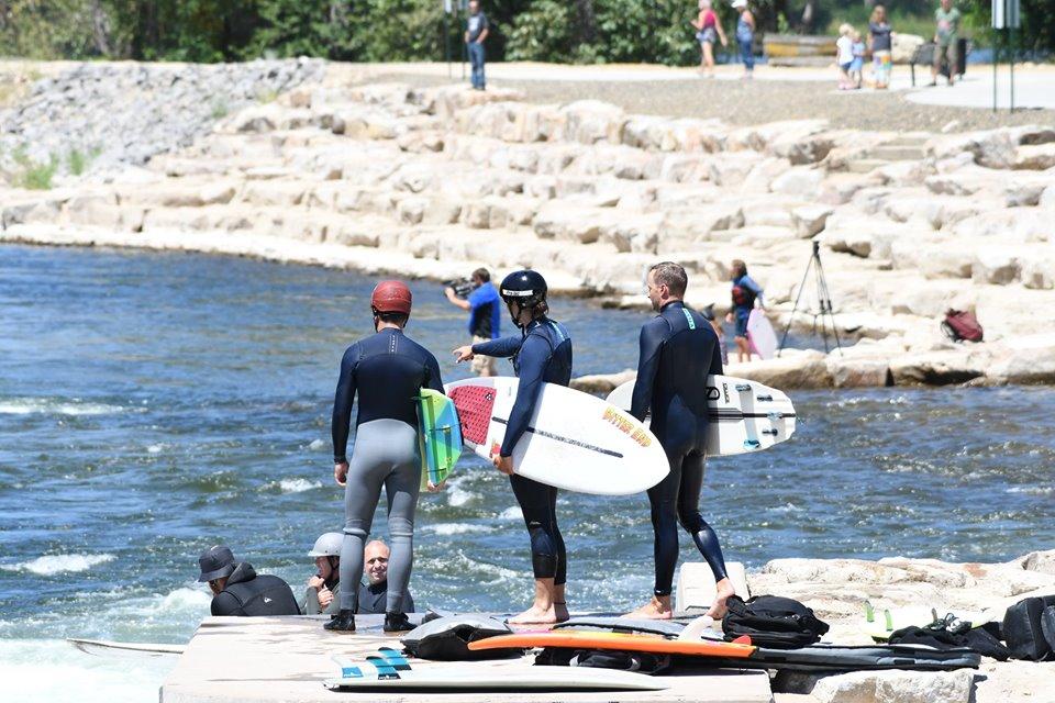surfers_feature1.jpg