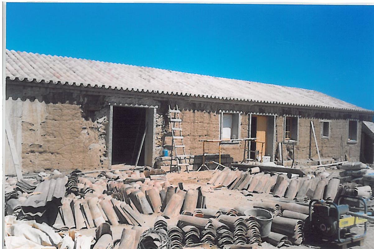 F23 2003 Der Lehmbau für neue Wohnmöglichkeiten.jpg