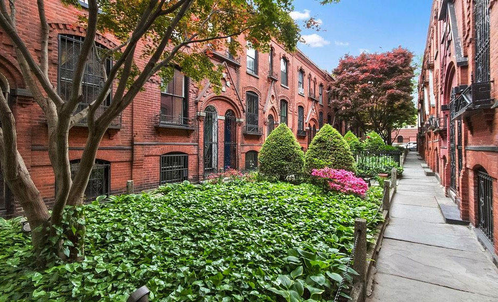 21 Warren Place - $1,455,000 - Cobble Hill