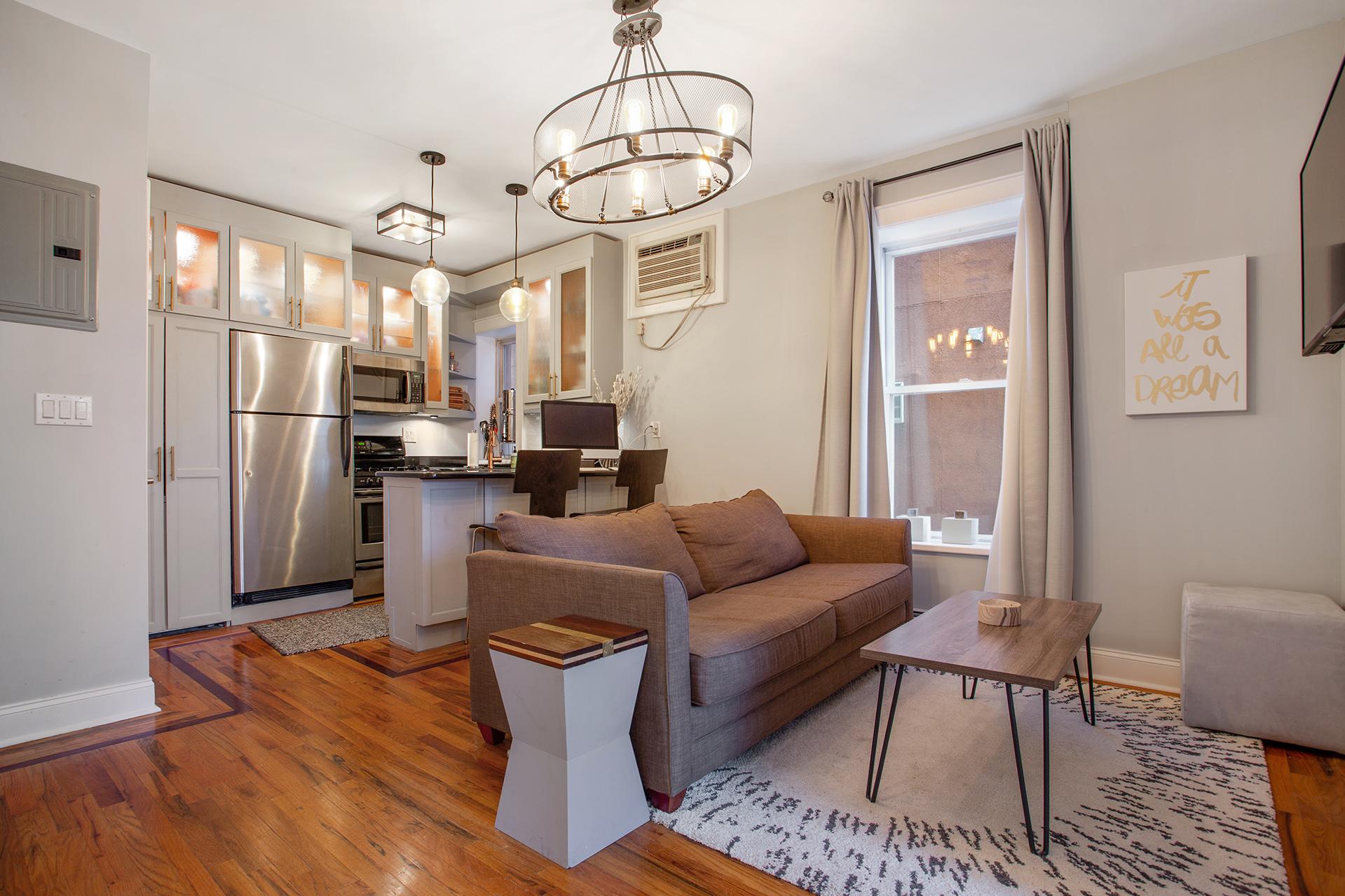 353 21st street, 2R - $530,000 - Greenwood Heights