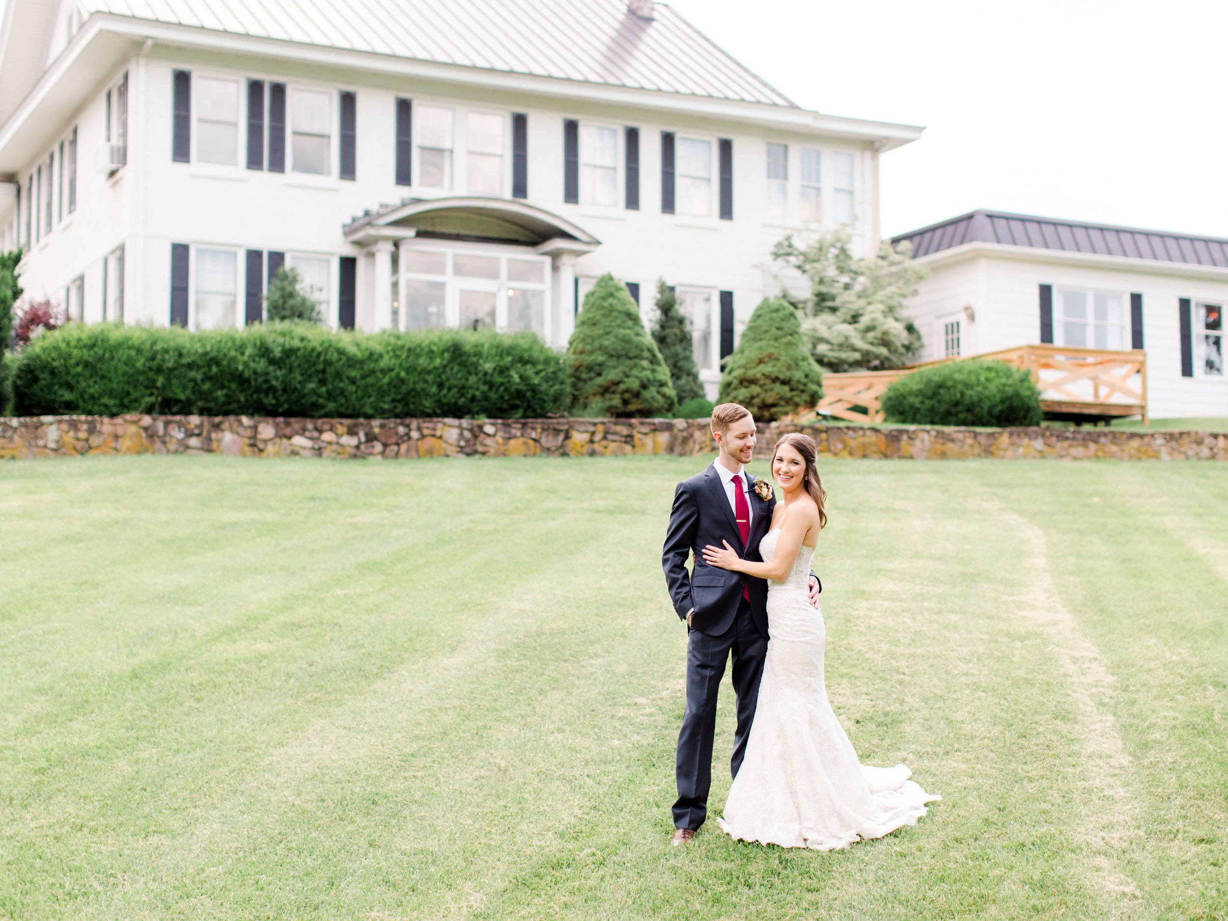 roanoke-virginia-wedding-photographer-plantation-on-sunnybrook-meredith-and-logan-563.jpg