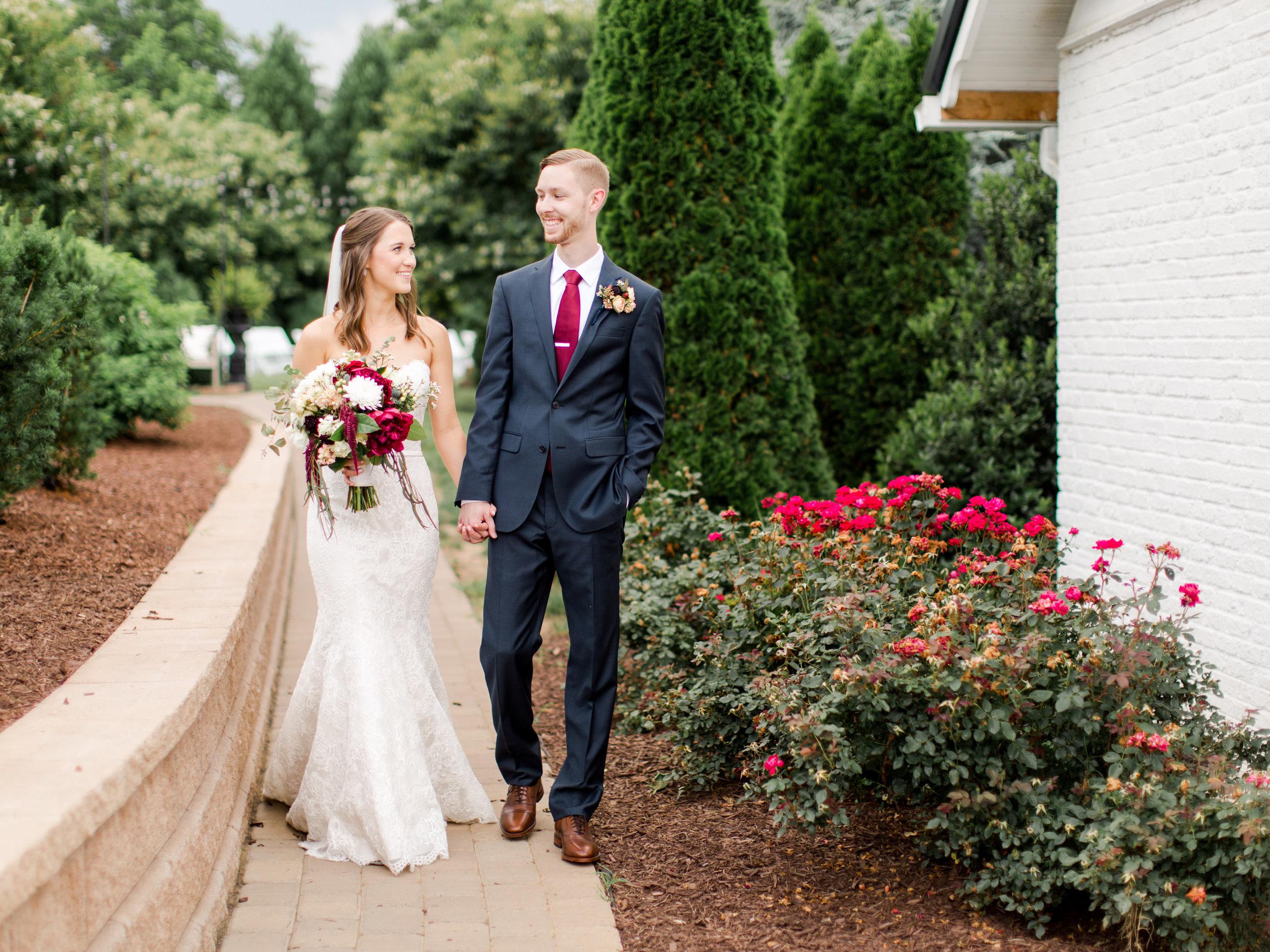 roanoke-virginia-wedding-photographer-plantation-on-sunnybrook-meredith-and-logan-918.jpg