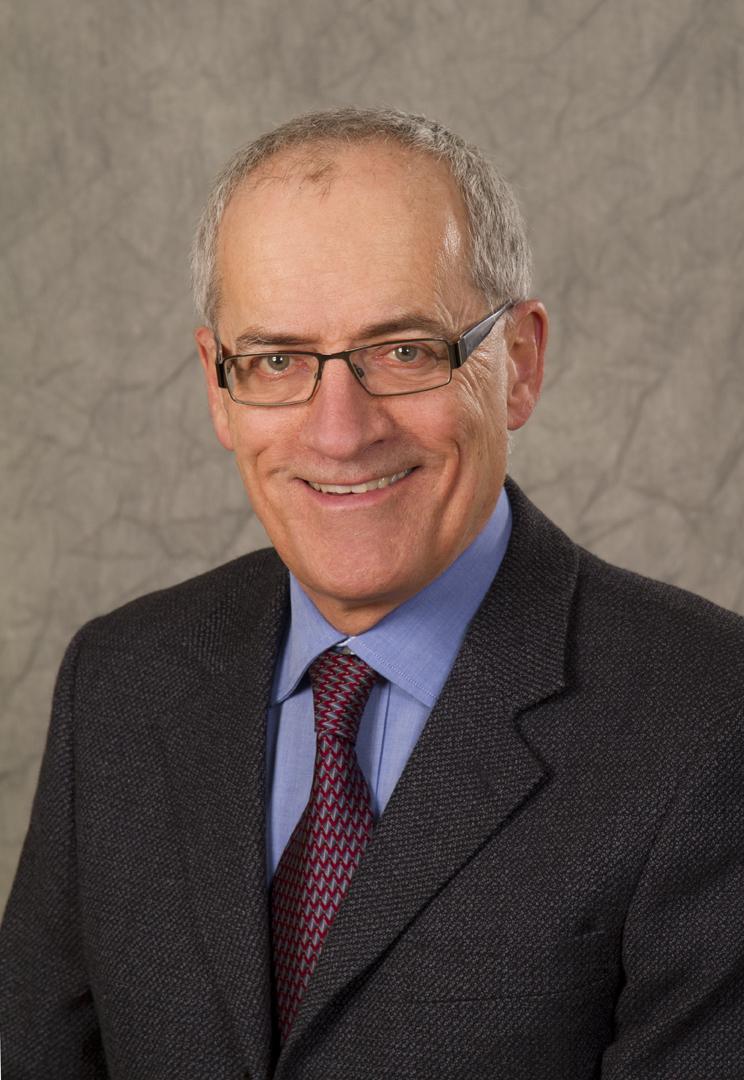 Bob Nogue Business Portrait2721LR.jpg