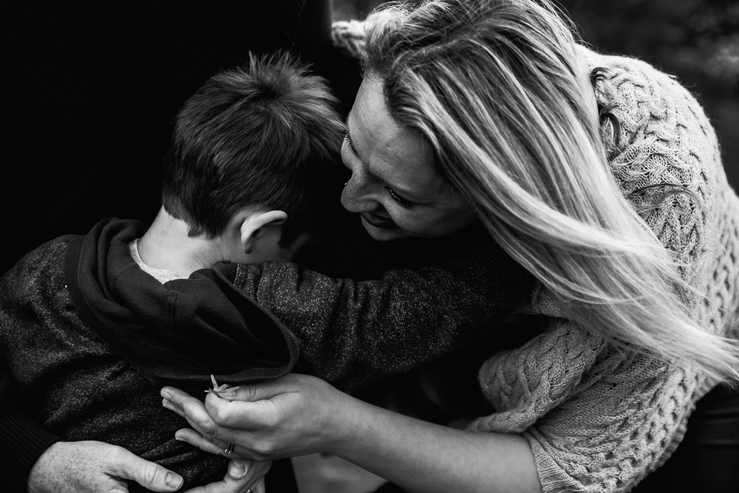 black and white photo mum hugging son by Diana Hagues Photography