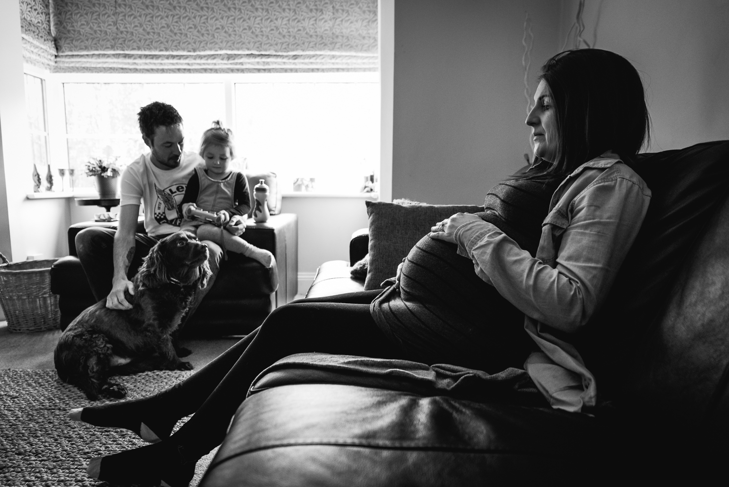 Maternity session in the home