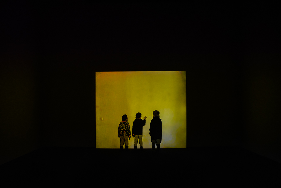 tate modern boys yellow room art galleries