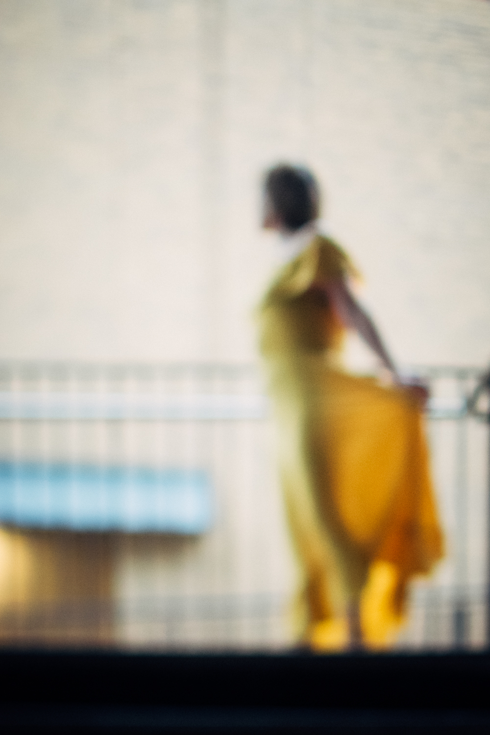 1 Travelling-Mustard-Dress-Cambridge-Photographer-Diana-Hagues.jpg