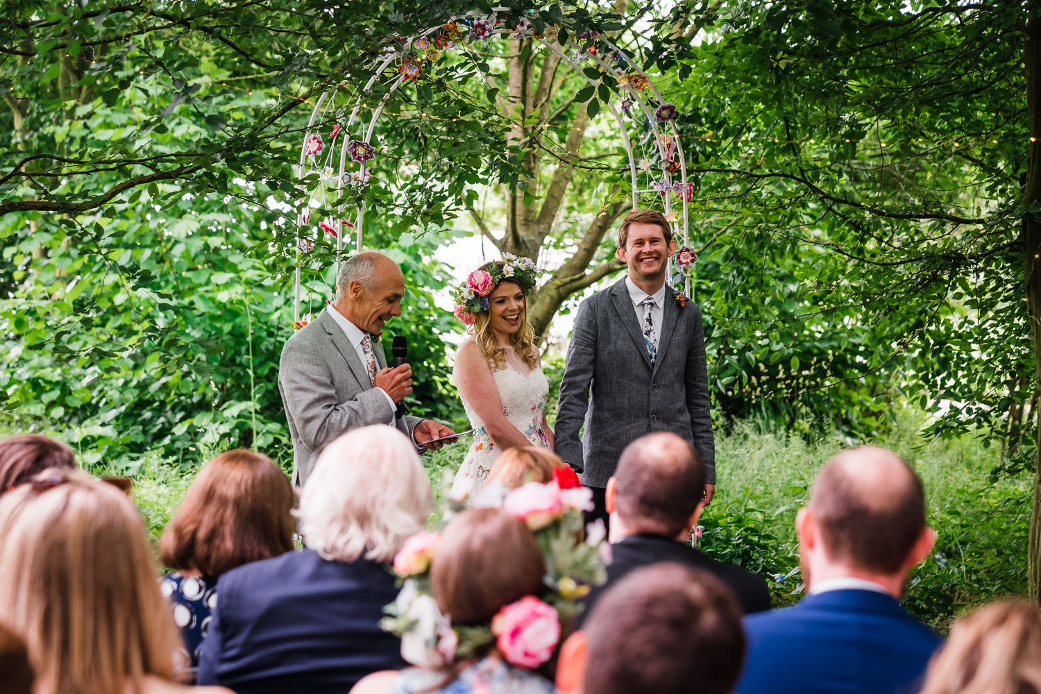Cambridge-Photographer-Outdoor-Woodland-Wedding-Horningsea-PavilioN.jpg