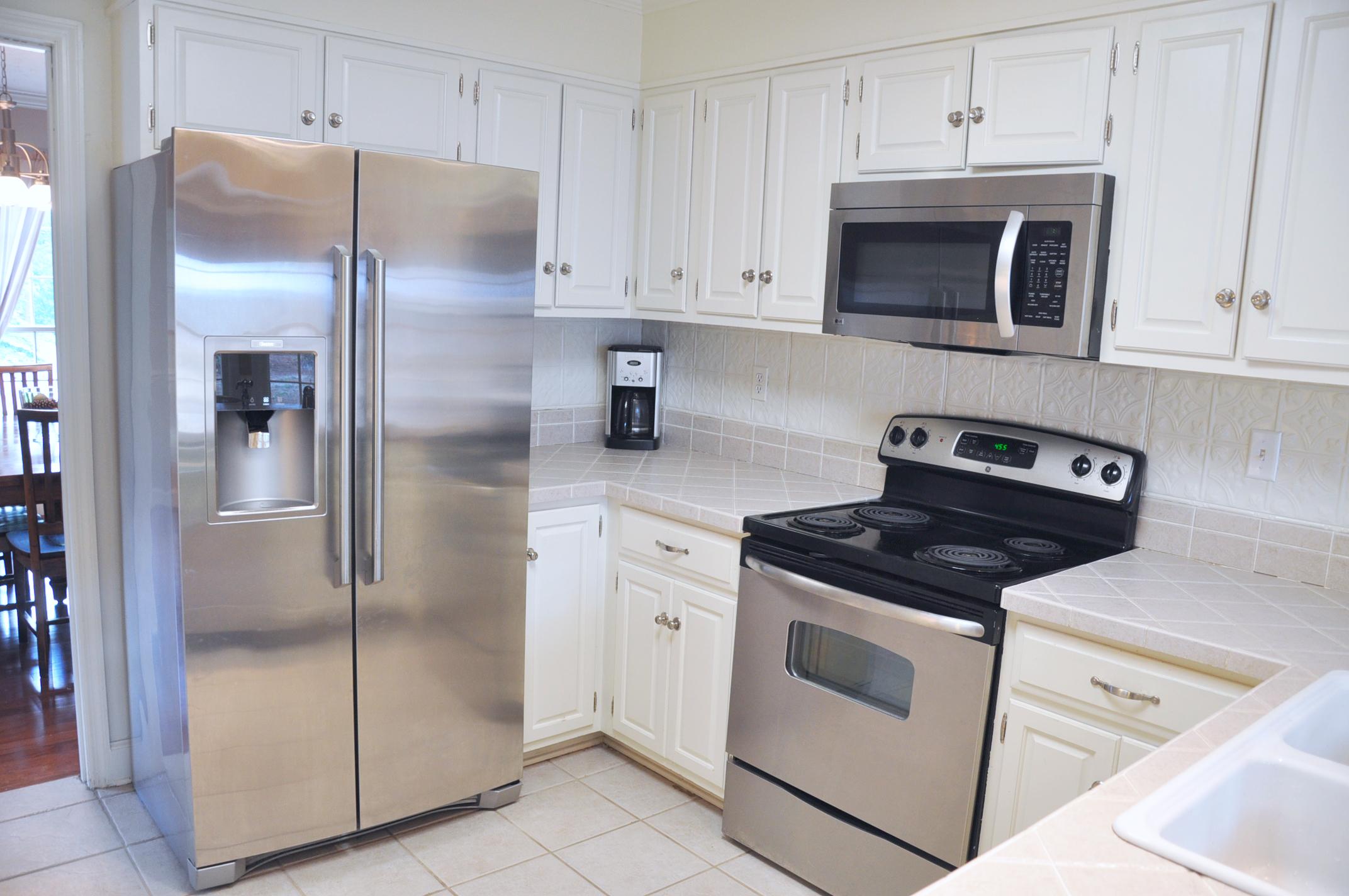 house kitchen four.jpg