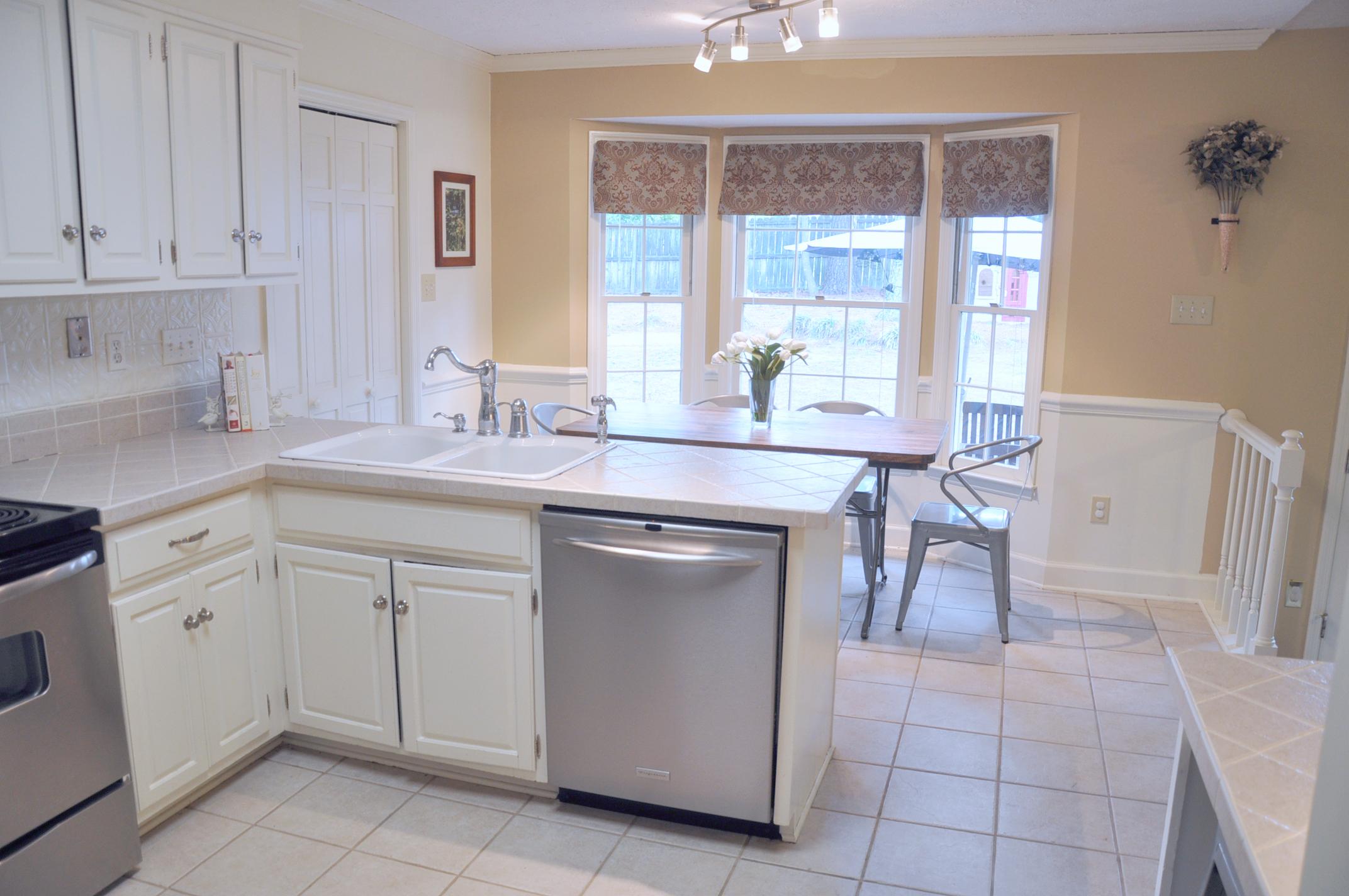 house kitchen three.jpg