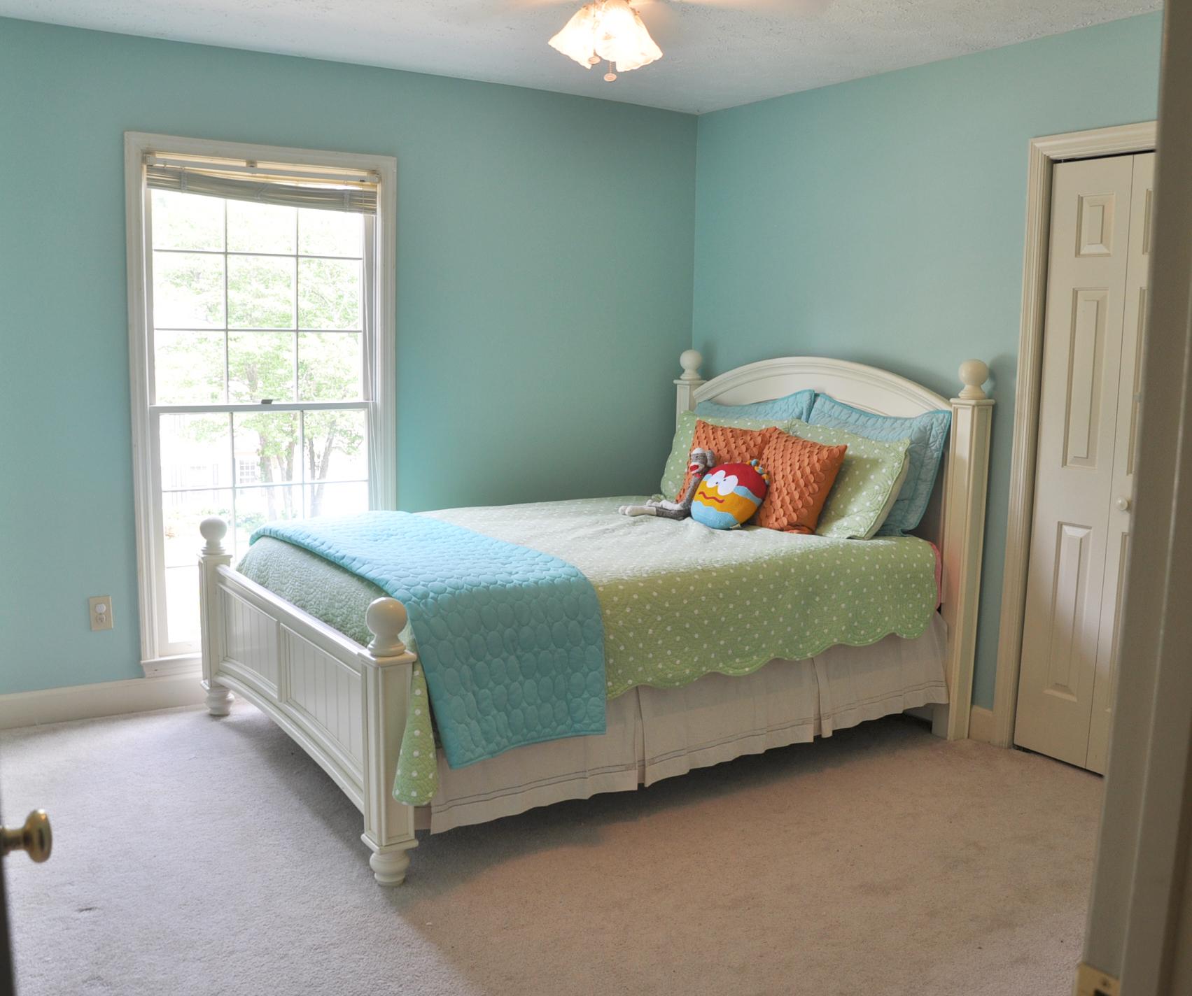 house boy room one.jpg