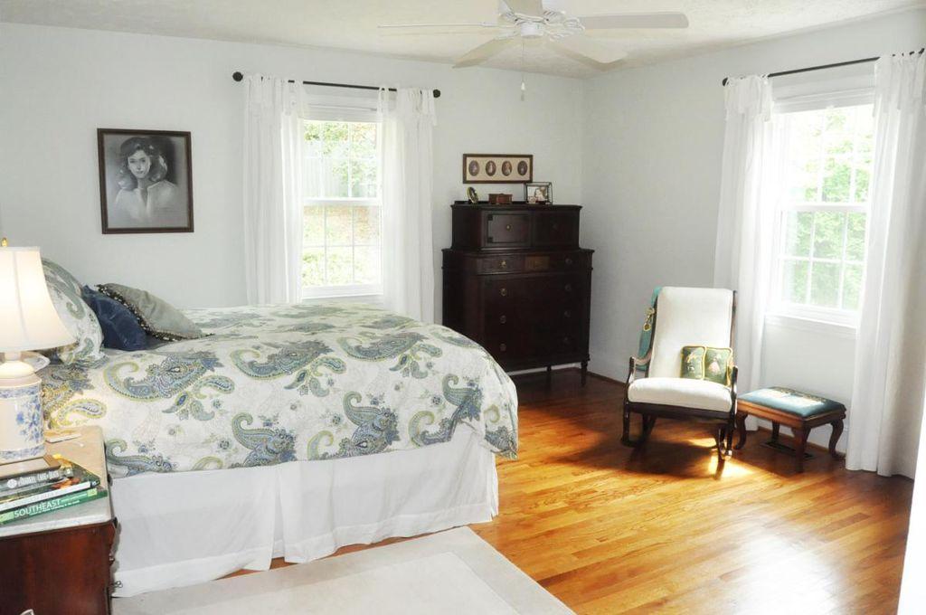 Haymount Homes Westmont Bedroom.jpg
