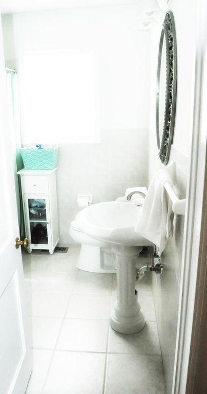 Haymount Homes Westmont Bathroom.jpg
