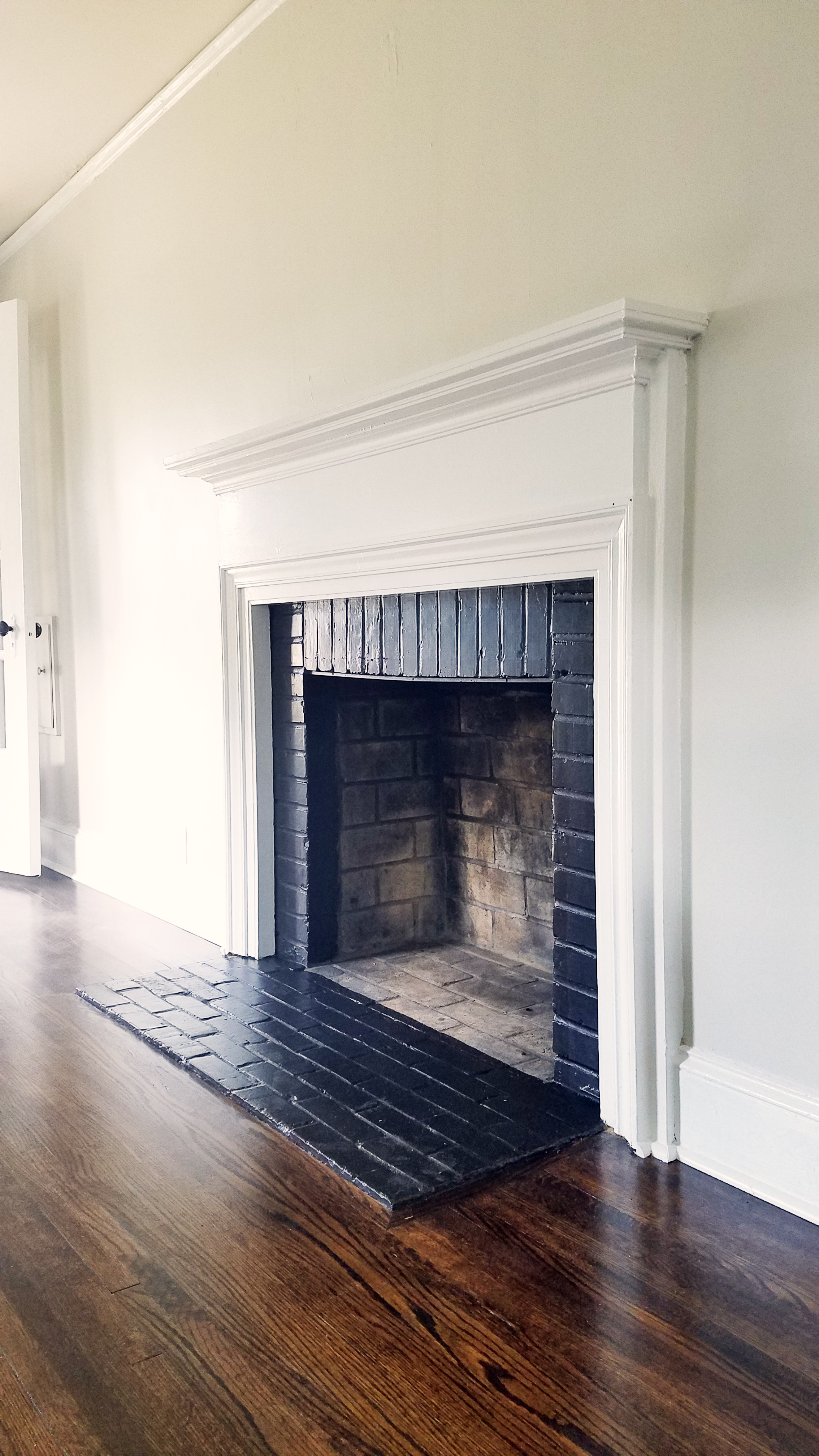 Haymount Homes Glenville House Fireplace.jpg