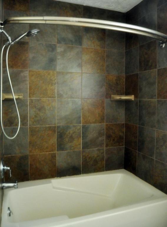 Haymount Homes LLC Pearl bathroom 2.jpg