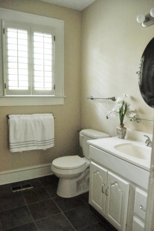 Haymount Homes LLC Pearl bathroom.jpg