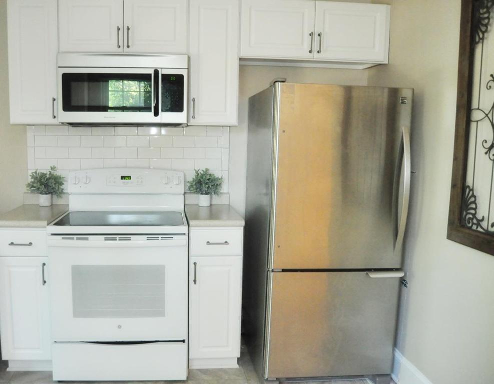 Haymount Homes LLC Pearl Kitchen 2.jpg