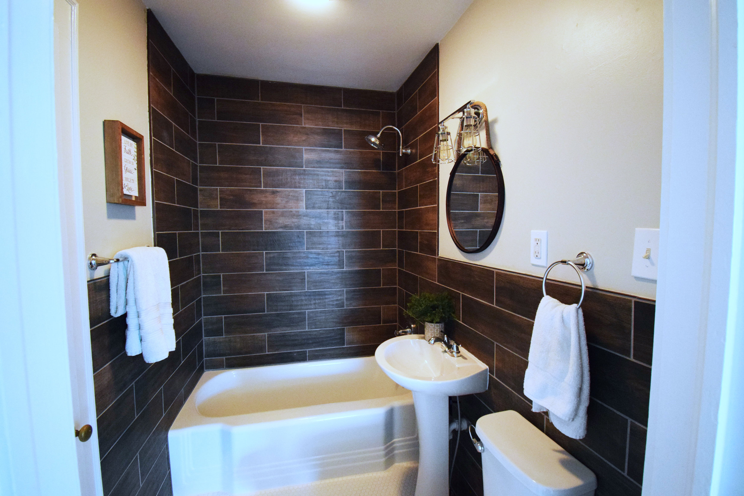 Haymount Homes Greenland Bathroom.jpg