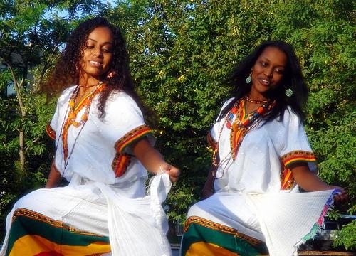 Eskista, this super cool dance in Ethiopia