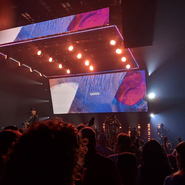 Their logo is everywhere, on hoodies, T-shirts, bumper stickers. I even spied it on a coffee mug in a Starbucks in SouthPark. I'm not talking about an athletic brand — I'm talking about Elevation Church.  Read more about my first visit to Elevation Church! (Link in bio)