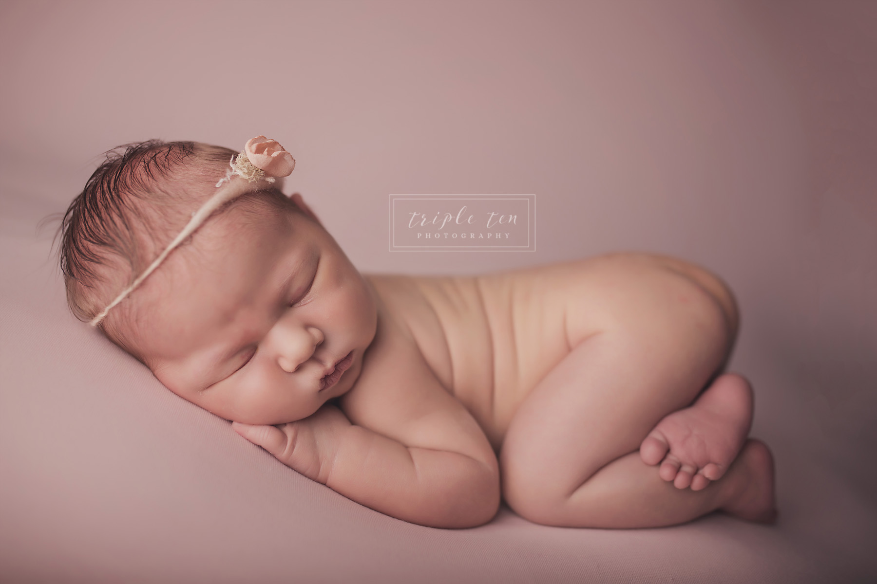 baby photographer red deer alberta.jpg