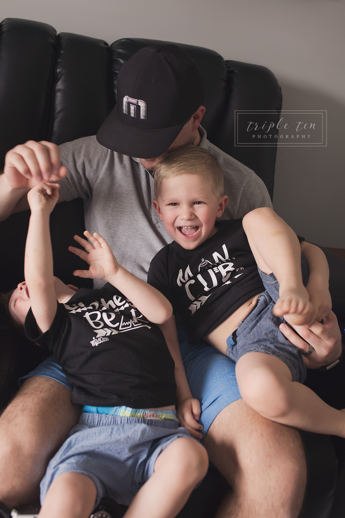 lifestyle family photographer.jpg