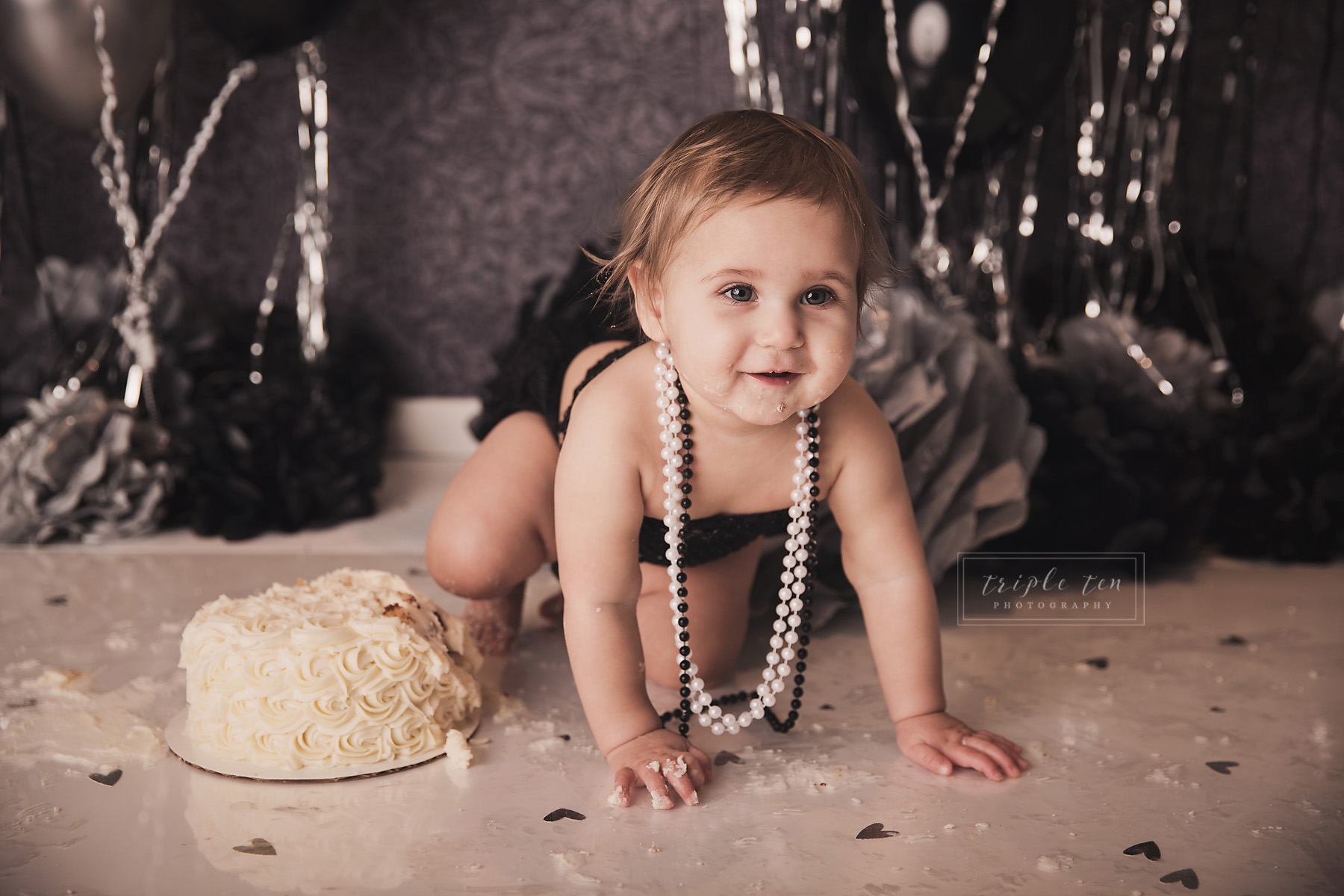 one year old birthday photos red deer.jpg