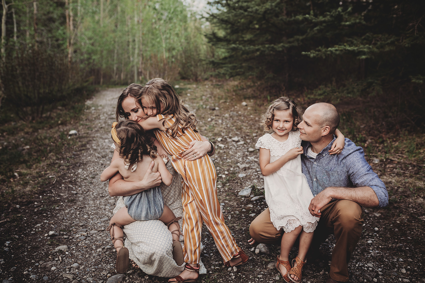 family photos canmore red deer.jpg