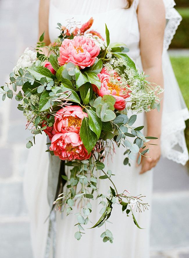 big-wedding-bouquets1.jpg