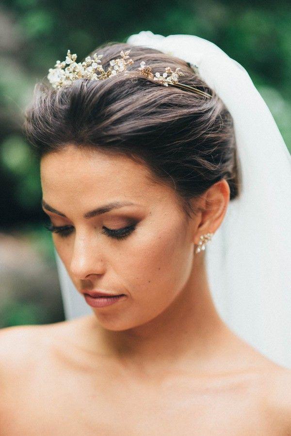 ed50fc3cec1437628e5830ec1bfe9100--bridal-hairpiece-bridal-hair-with-veil-and-tiara.jpg