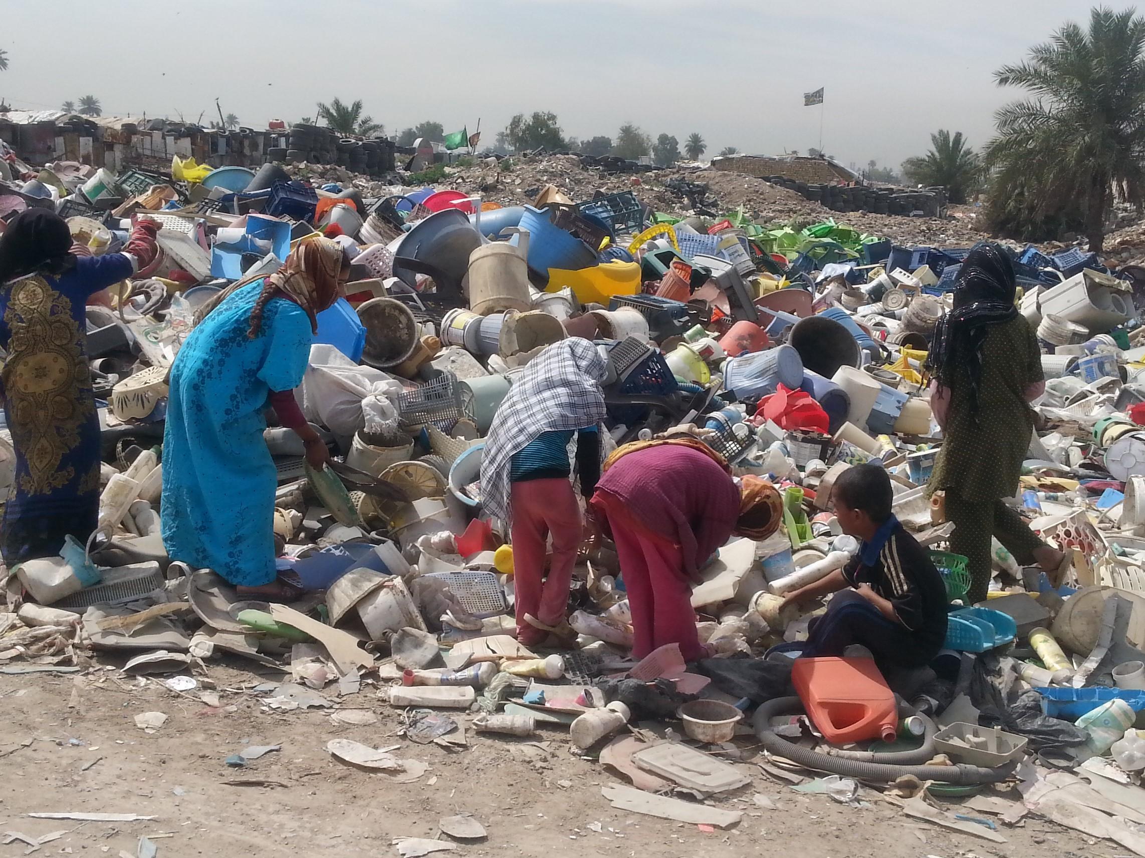 children at the dump.jpg