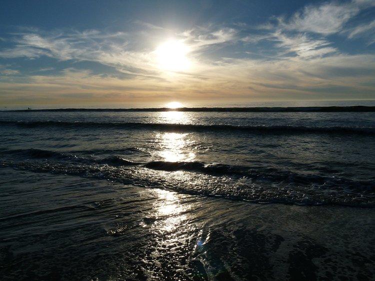 Ocean-Carlsbad-Seaside-California-Sunset-Beach-351321.jpg