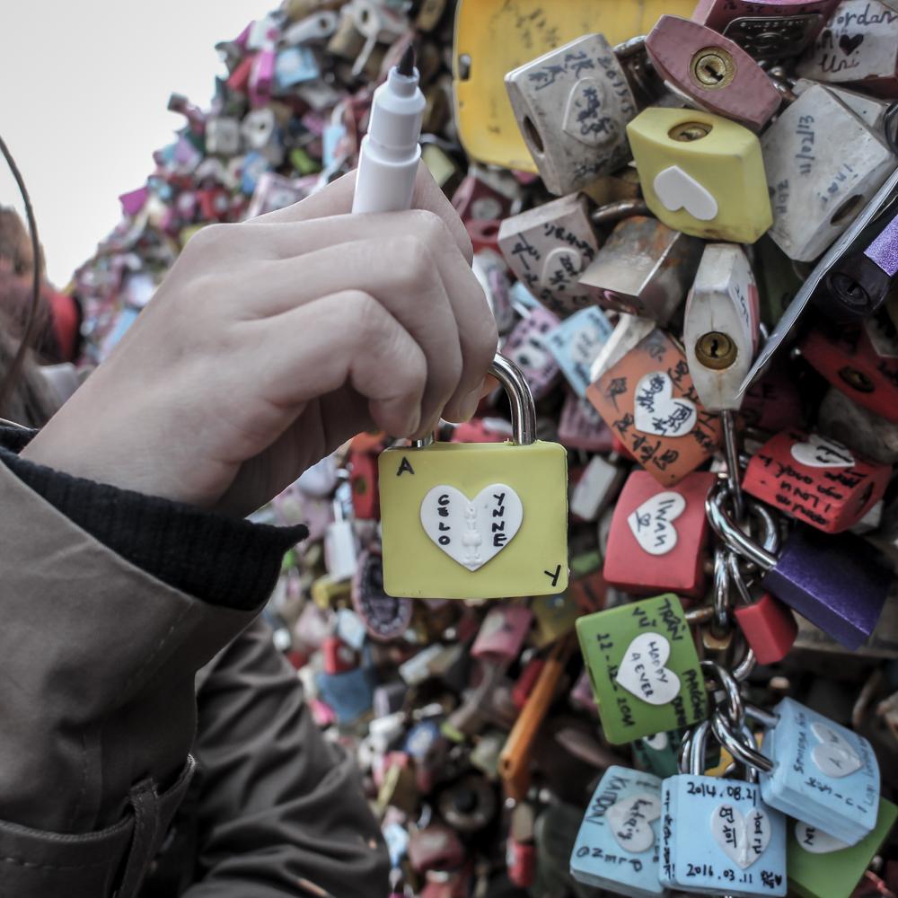 Love locks at seoul tower