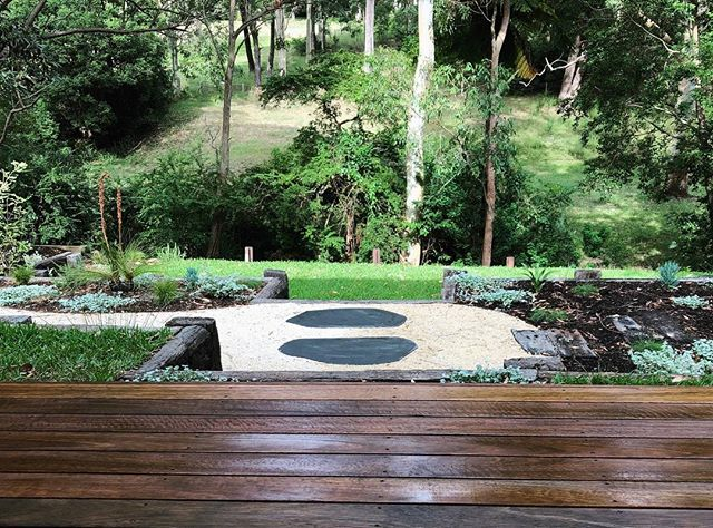 We have been a little quiet over here on Instagram lately! We are still here though 👋🏻 but have been a little distracted with a new baby and adding the finishing touches to another incredible design by Mud Landscape Design. For today we leave you with a snippet of this fresh green space we recently completed.  Install @tallowood_landscapes / Design @mud_landscape_design