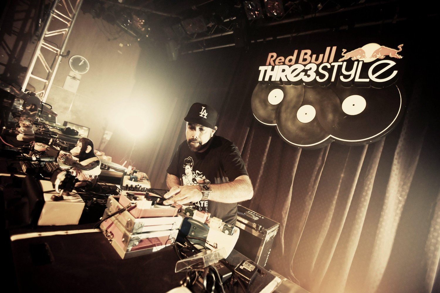 dj-nu-mark-performs-at-red-bull-thre3style-national-finals.jpg