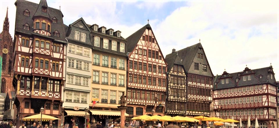 visiting the romer is one of the top Things to do in Frankfurt