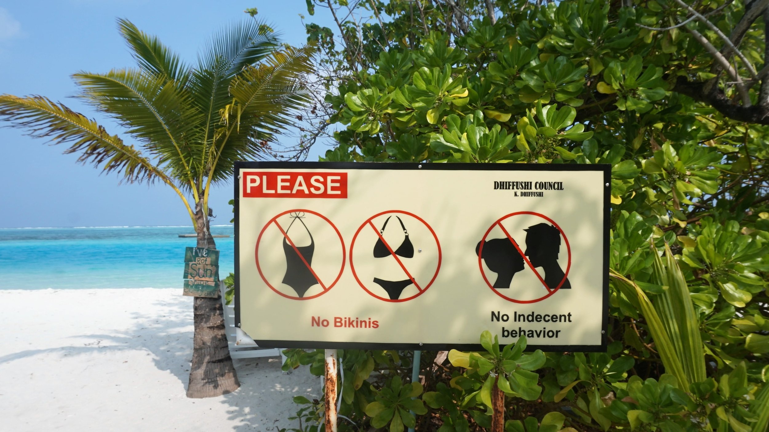local island rules - be aware when travelling the Maldives on a budget