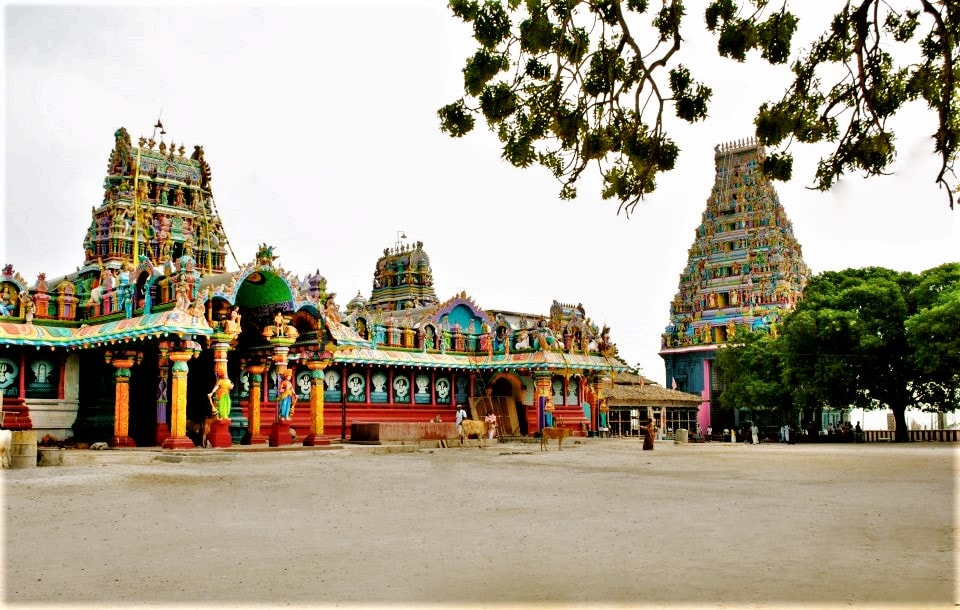 consider putting Jaffna on you Sri Lanka itinerary to see sights like this Hindu temple