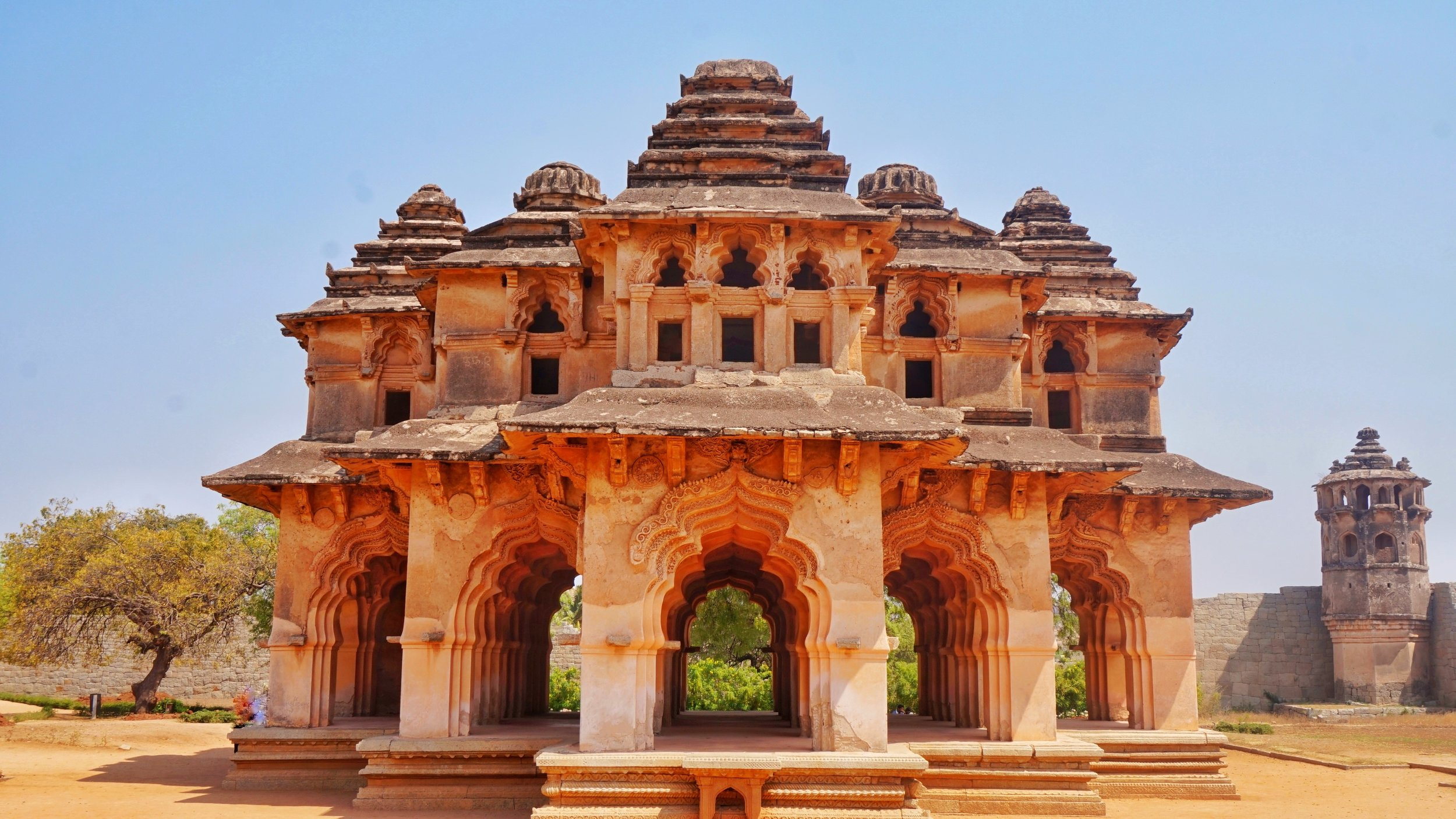 One of the best places to visit in Hampi are the amazing ruins around the area.