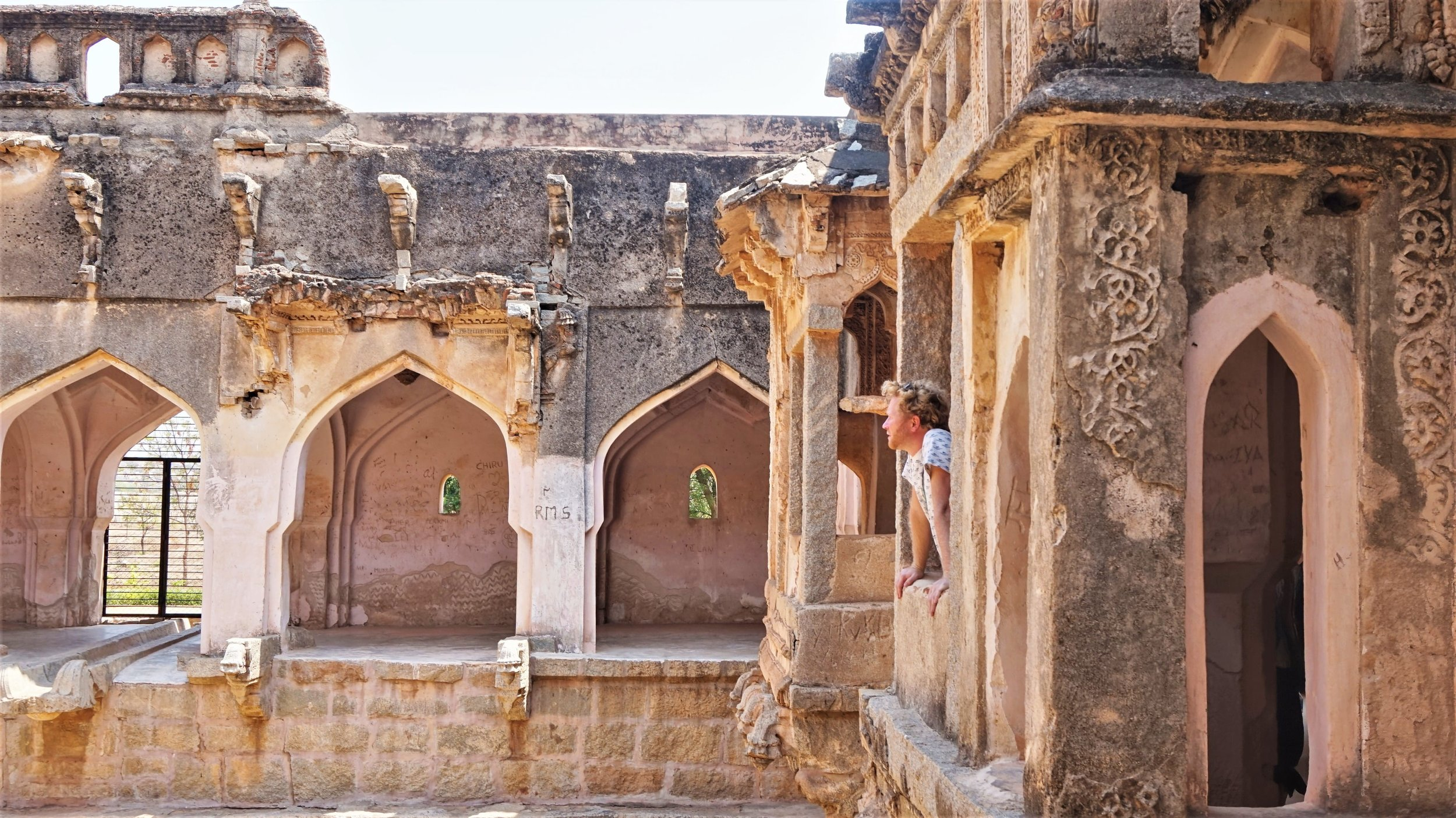 Many of the ruins around Hampi are still in very good conditions.