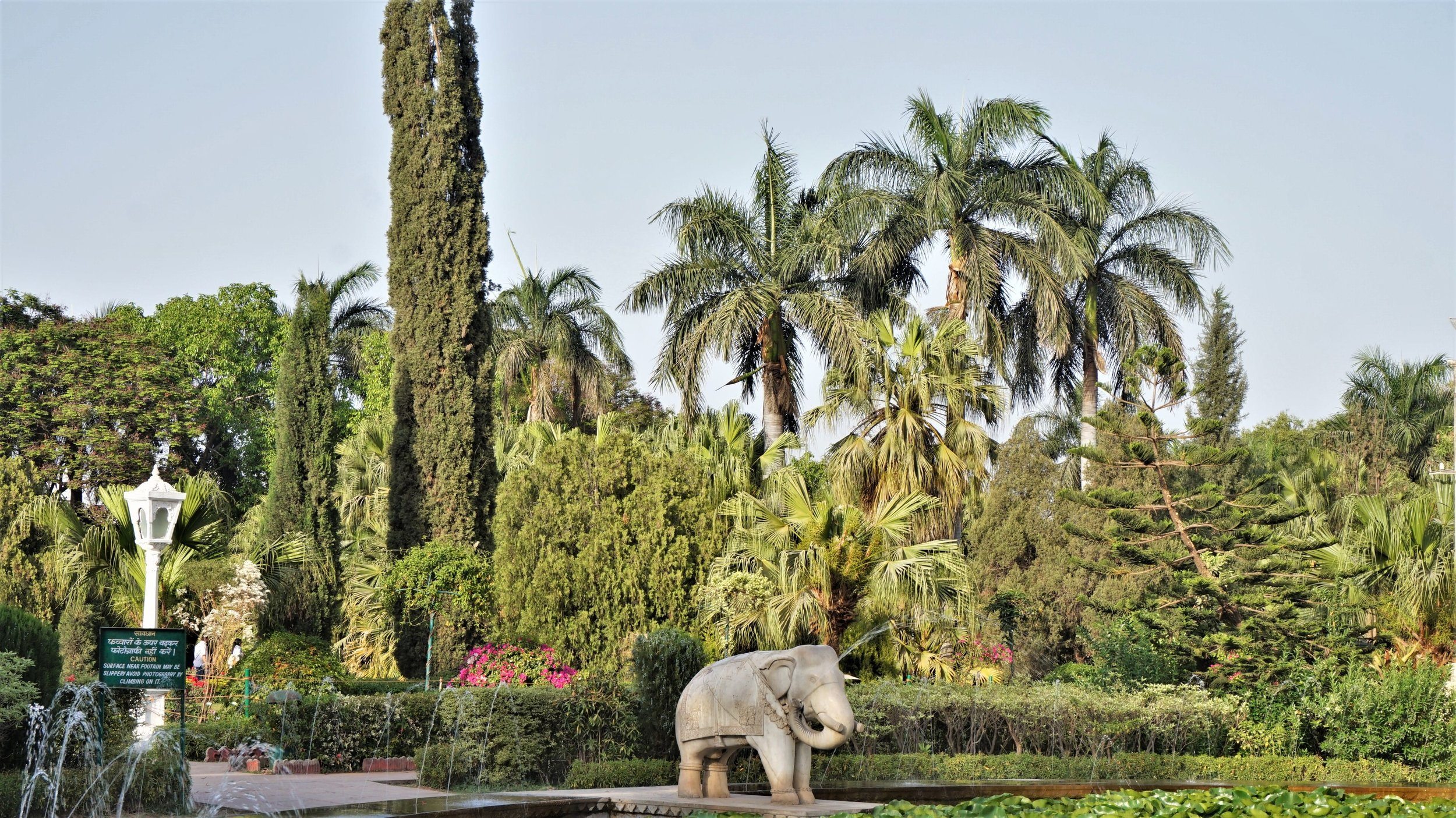 Saheliyo Ki Bari garden is one of the most beautiful place to visit in Udaipur.