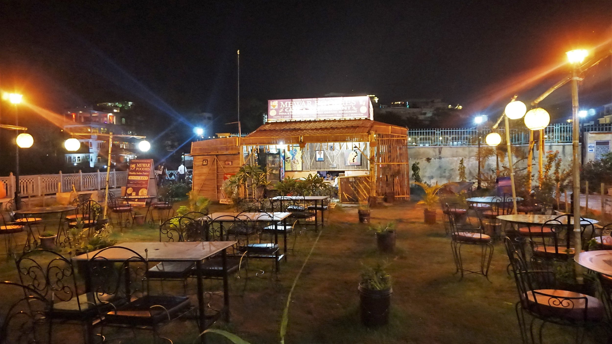 There are some very nice places to visit in Udaipur if you like good and healthy food.