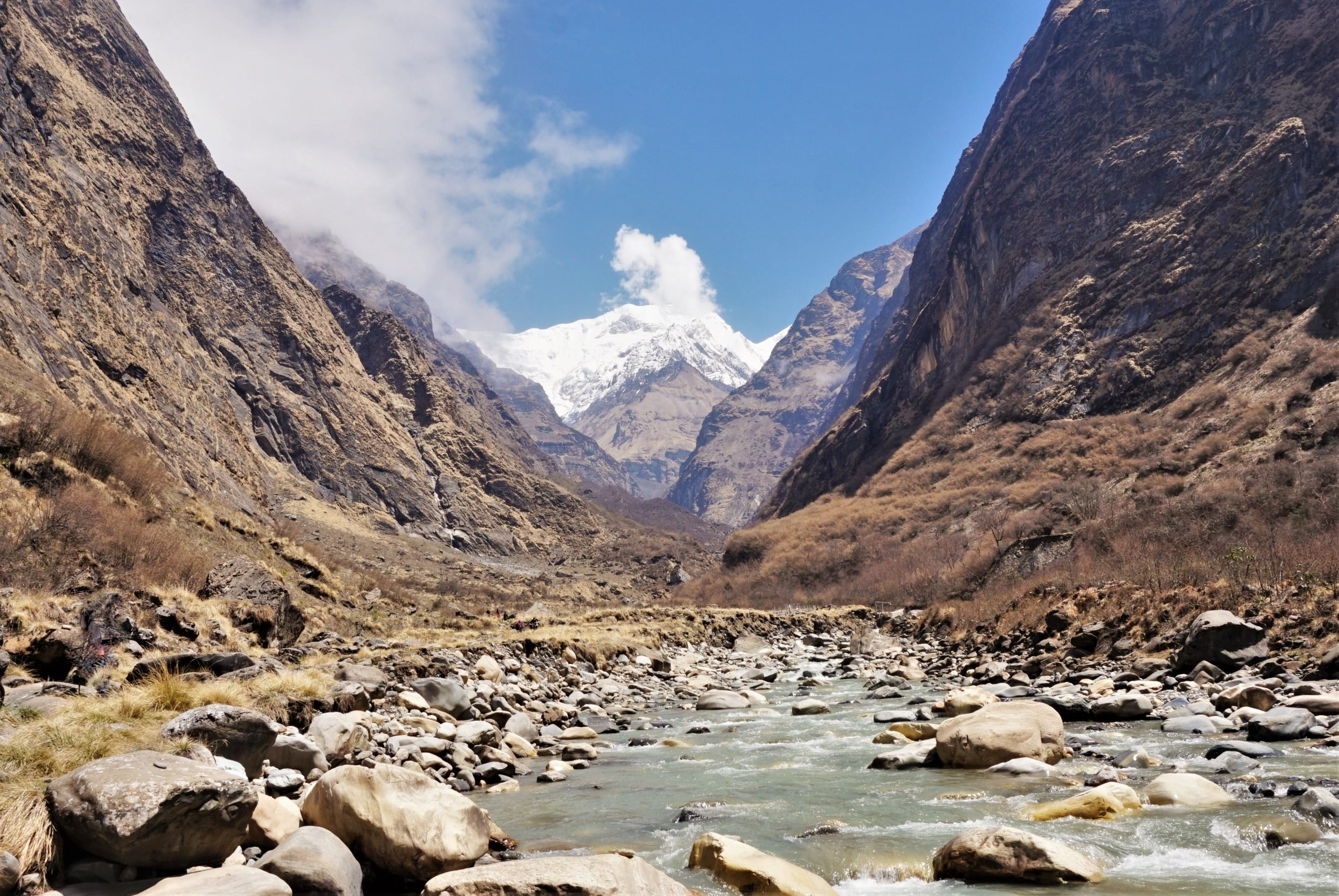 Amazing views up the valley towards the Annapurna peak along the Annapurna Base Camp Trek.