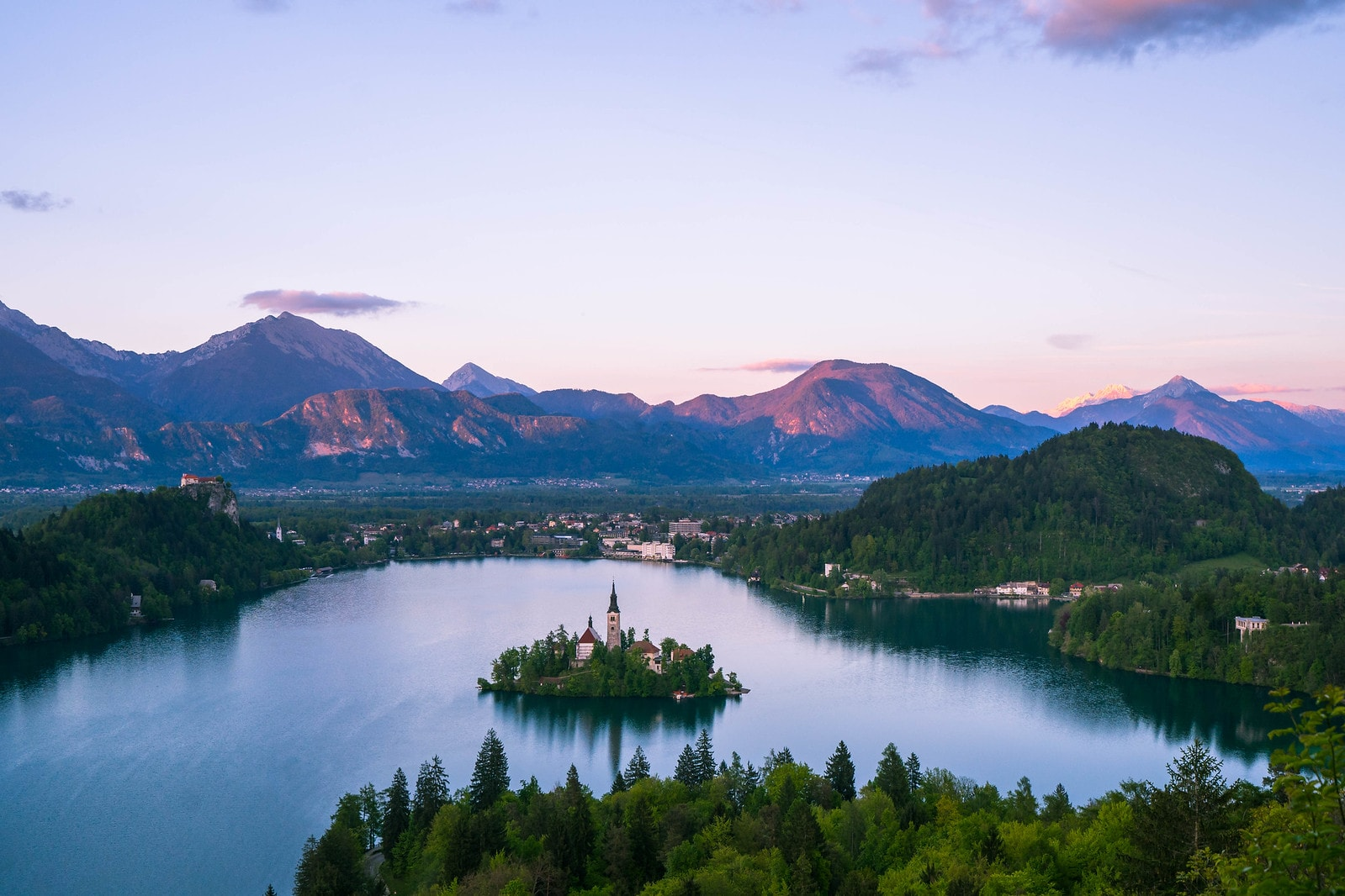 hiking around Lake Bled is one of the best things to do in the Balkans and hiking up to Ojstrica view point is one of the most amazing day hikes in the Balkans!